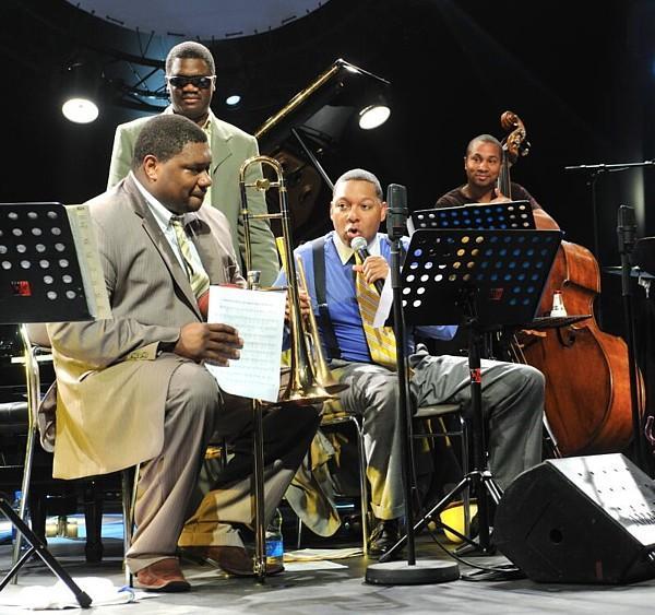 Wynton Marsalis, Wycliffe Gordon, Marciac Jazz Festival 2009 by Francis Chaverou